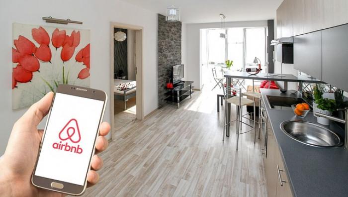 Comprare azioni Airbnb: come investire con il trading online