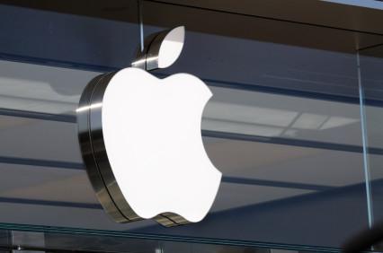 Comprare azioni Apple per sfruttare la trimestrale? Analisi e previsioni