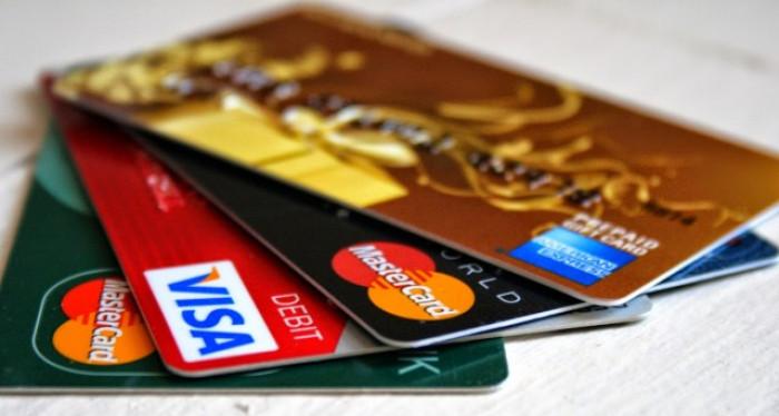 Pagamenti elettronici: i vantaggi rispetto ai contanti