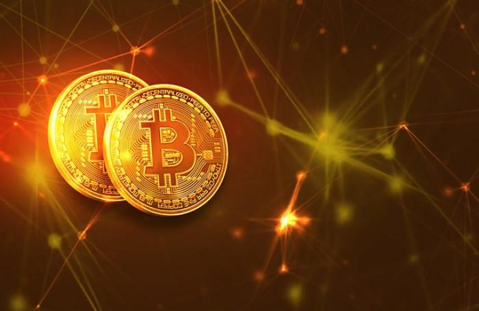 Prezzo Bitcoin oggi crolla: devo comprare ora?