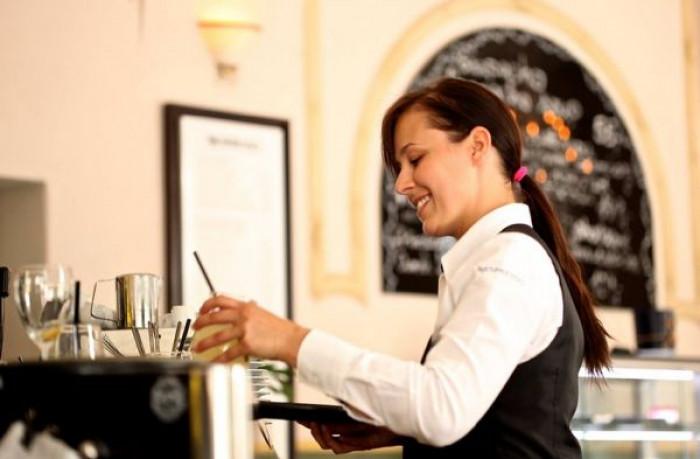Stasera 15 gennaio 50 mila bar e ristoranti aperti anche per cena con l'iniziativa