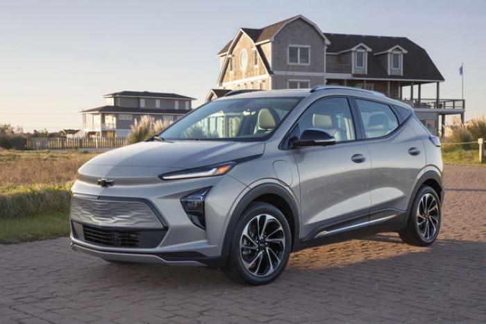 General Motors punta sull'elettrico e presenta le nuove Chevrolet