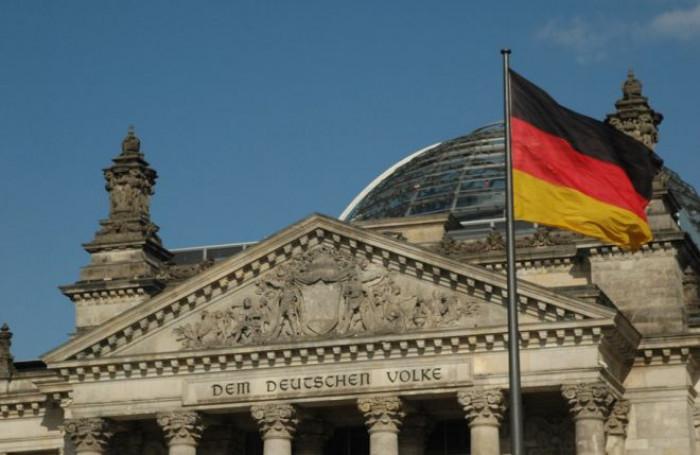 Germania: accordo sottobanco con l'Istituto Koch per gonfiare i dati e giustificare le misure anti-Covid