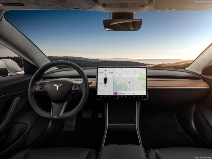 Tesla: le sue concorrenti si stanno muovendo. Chi ambisce al trono?