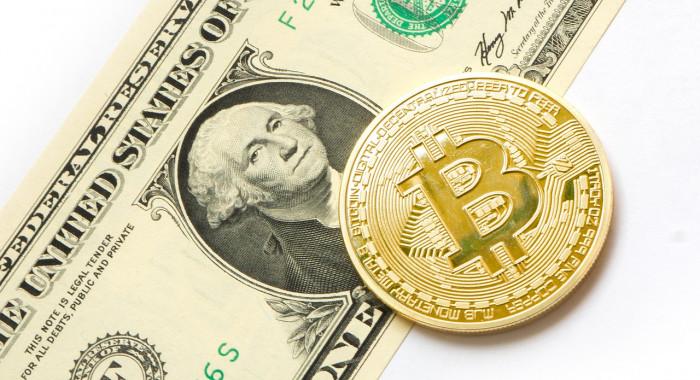 Oro non protegge dall'inflazione e il Bitcoin?