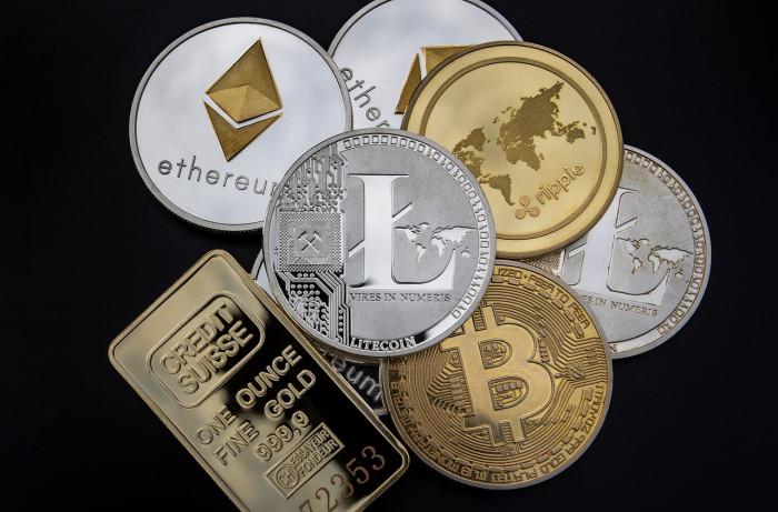 Coinbase, debutto con sgambetto FED: per Powell criptovalute sono veicolo di speculazione