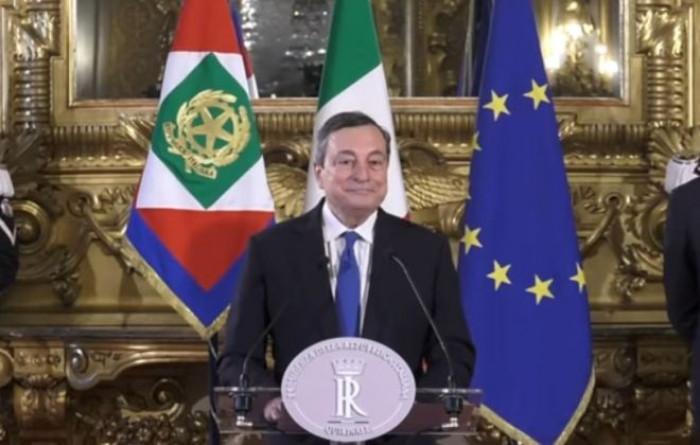 Draghi anticipa il piano del governo per le riaperture