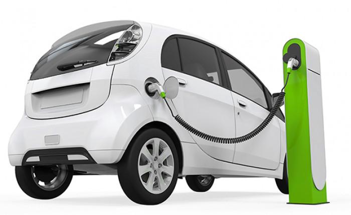 Il Governo Draghi punta sulle auto elettriche e sull'idrogeno