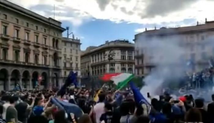 Festeggiamenti dell'Inter 2 maggio: maxi assembramento di oltre 30 mila persone, ecco le conseguenze