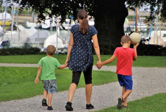 Nel decreto Sostegni un bonus da 800 euro per i genitori separati. Ecco chi può richiederlo