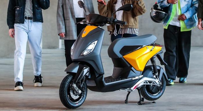 Piaggio presenta il suo scooter elettrico