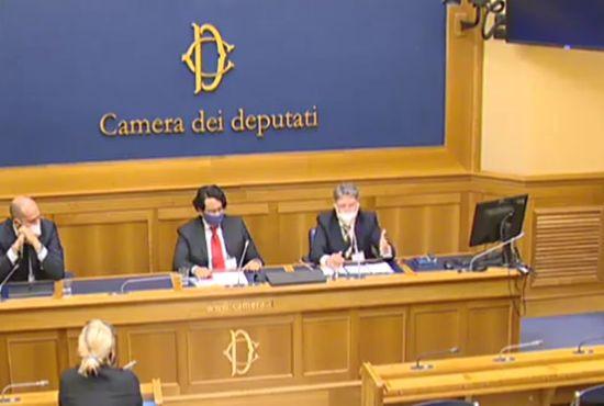 Mariano Amici alla Camera dei Deputati per la libertà di scegliere informati sul Vaccino anti Covid