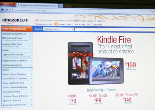 Comprare azioni Amazon conviene ancora? Titolo ai massimi storici sul Nasdaq