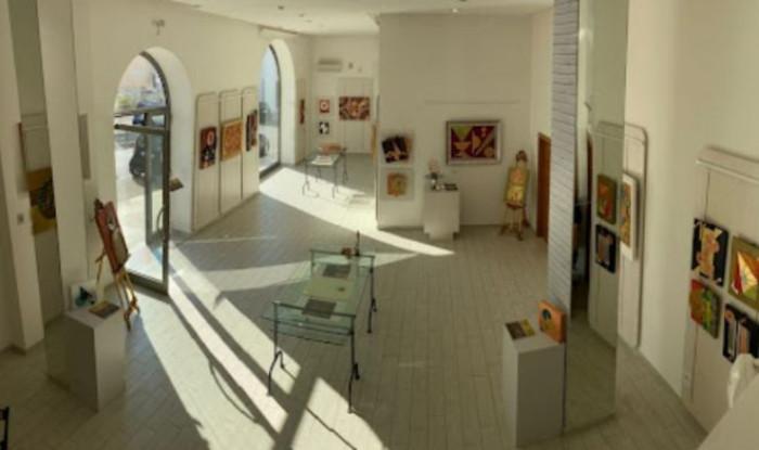 Vendita di opere d'arte: si devono pagare le tasse? Ecco quando si tratta di reddito d'impresa o reddito diverso
