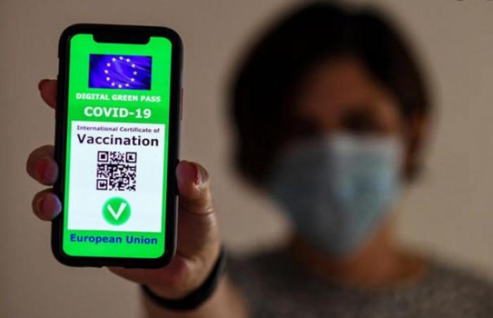 Come si controlla il Green Pass: dalla scansione del Qr Code alla verifica del documento d'identità
