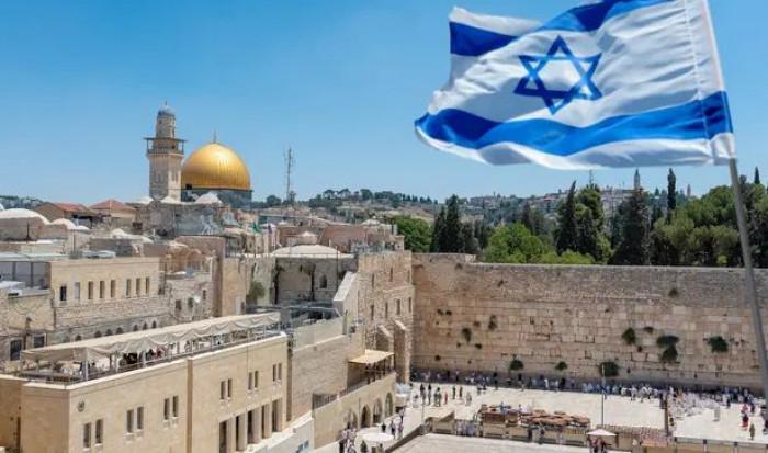 Israele verso la quarta dose di vaccino. Zarka: