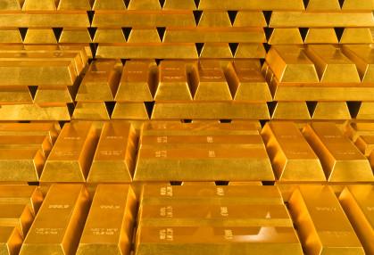 Comprare oro: conviene copiare la strategia delle banche centrali?